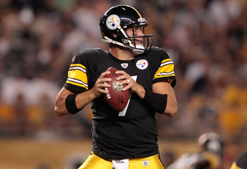 PITTSBURGH - AUGUST 18:  Ben Roethlisberger #7 of the Pittsburgh Steelers drops back to pass against the Philadelphia Eagles during the preseason game on August 18, 2011 at Heinz Field in Pittsburgh, Pennsylvania.  (Photo by Jared Wickerham/Getty Images)