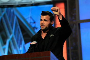 NEW YORK, NY - APRIL 28:  Peyton Hillis of the Cleveland Browns announces Phil Taylor as the #21 overall pick by the Browns on stage during the 2011 NFL Draft at Radio City Music Hall on April 28, 2011 in New York City.  (Photo by Chris Trotman/Getty Imag