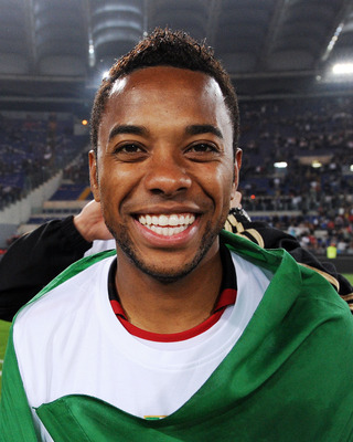 ROME, ITALY - MAY 07:  Robinho of Milan celebrates the victory after the Serie A match between AS Roma and AC Milan at Stadio Olimpico on May 7, 2011 in Rome, Italy.  (Photo by Giuseppe Bellini/Getty Images)
