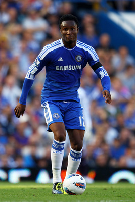 LONDON, ENGLAND - AUGUST 20:  John Obi Mikel of Chelsea controls the ball during the Barclays Premier League match between Chelsea and West Bromwich Albion at Stamford Bridge on August 20, 2011 in London, England.  (Photo by Julian Finney/Getty Images)
