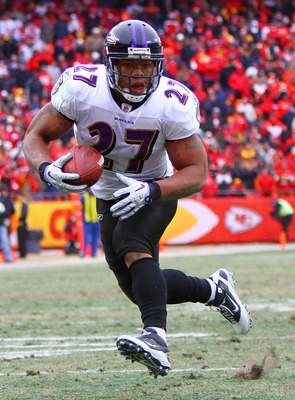 KANSAS CITY, MO - JANUARY 09:  Running back Ray Rice #27 of the Baltimore Ravens runs with the ball against the Kansas City Chiefs in the second quarter of their 2011 AFC wild card playoff game at Arrowhead Stadium on January 9, 2011 in Kansas City, Misso