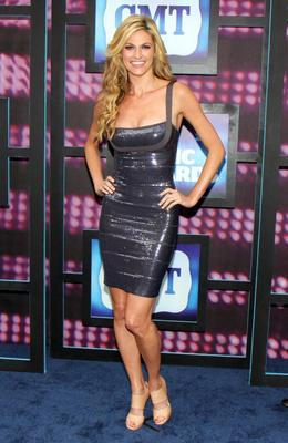 Erin_andrews_2010_cmt_music_awards_1_display_image