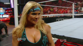 Beth-phoenix-raw-2_display_image