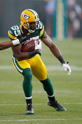 GREEN BAY, WI - AUGUST 19: Greg Jennings #85 of the Green Bay Packers runs against the Arizona Cardinals in a preseason game at Lambeau Field on August 19, 2011 in Green Bay, Wisconsin. The Packers defeated the Cardinals 28-20. (Photo by Scott Boehm/Getty