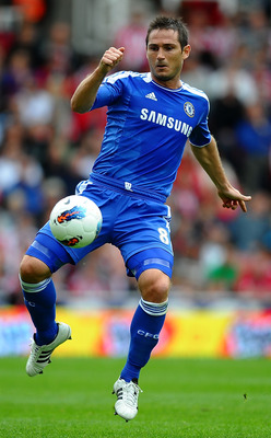 STOKE ON TRENT, ENGLAND - AUGUST 14:  Frank Lampard of Chelsea in action during the Barclays Premier League match between Stoke City and Chelsea at the Britannia Stadium on August 14, 2011 in Stoke on Trent, England.  (Photo by Laurence Griffiths/Getty Im