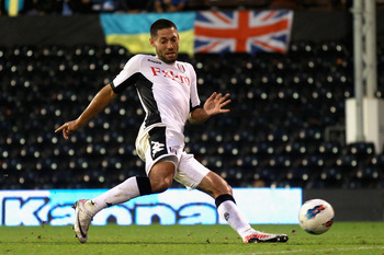 LONDON, ENGLAND - AUGUST 18:  Clint Dempsey of Fulham scores his side's second goal during the UEFA Europa League Play-Off round qualifying first leg match between Fulham and FC Dnipro Dnipropetrovsk at Craven Cottage on August 18, 2011 in London, England