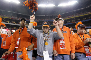 GLENDALE, AZ - JANUARY 10:  Auburn Tigers fans attend their Tostitos BCS National Championship Game against the Oregon Ducks at University of Phoenix Stadium on January 10, 2011 in Glendale, Arizona.  (Photo by Christian Petersen/Getty Images)