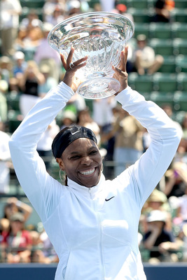 Serena wins Stanford