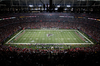 ATLANTA, GA - JANUARY 15:  A general view of the opening kickoff by the Atlanta Falcons to the Green Bay Packers during their 2011 NFC divisional playoff game at Georgia Dome on January 15, 2011 in Atlanta, Georgia.  (Photo by Kevin C. Cox/Getty Images)