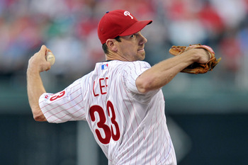 PHILADELPHIA, PA - AUGUST 22: Cliff Lee #33 of the Philadelphia Phillies delivers a pitch during the game against the New York Mets at Citizens Bank Park on August 22, 2011 in Philadelphia, Pennsylvania.  (Photo by Drew Hallowell/Getty Images)