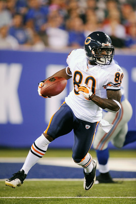 EAST RUTHERFORD, NJ - AUGUST 22:  Earl Bennett #80 of the Chicago Bears returns a punt against the New York Giants during a pre season game at New Meadowlands Stadium on August 22, 2011 in East Rutherford, New Jersey.  (Photo by Patrick McDermott/Getty Im