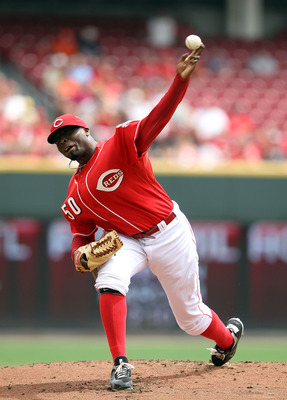 CINCINNATI, OH - AUGUST 14:  Dontrelle Willis #50 of the Cincinnati Reds throws a pitch during the game against the San Diego Padres at Great American Ball Park on August 14, 2011 in Cincinnati, Ohio.  (Photo by Andy Lyons/Getty Images)