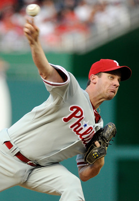 WASHINGTON, DC - AUGUST 20:  Roy Oswalt #44 of the Philadelphia Phillies pitches against the Washington Nationals at Nationals Park on August 20, 2011 in Washington, DC.  (Photo by Greg Fiume/Getty Images)