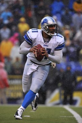 BALTIMORE - DECEMBER 13:  Daunte Culpepper #11 of the Detroit Lions scrambles during the first half against the Baltimore Ravens at M&T Bank Stadium on December 13, 2009 in Baltimore, Maryland.(Photo by Larry French/Getty Images)