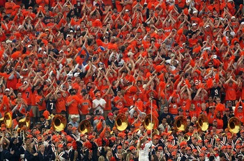 PASADENA, CA - JANUARY 01:  Fans of the Illinois Fighting Illini cheer for their team along with the Illini band during the Rose Bowl presented by Citi against the USC Trojans at the Rose Bowl on January 1, 2008 in Pasadena, California. The Trojans defeat