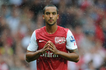 LONDON, ENGLAND - AUGUST 20:  Theo Walcott of Arsenal reacts during the Barclays Premier League match between Arsenal and Liverpool at the Emirates Stadium on August 20, 2011 in London, England.  (Photo by Michael Regan/Getty Images)