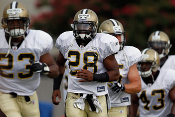 METAIRIE, LA - AUGUST 05:  Mark Ingram #28 of the New Orleans Saints works out during practice at the New Orleans Saints training facility on August 5, 2011 in Metairie, Louisiana.  (Photo by Chris Graythen/Getty Images)