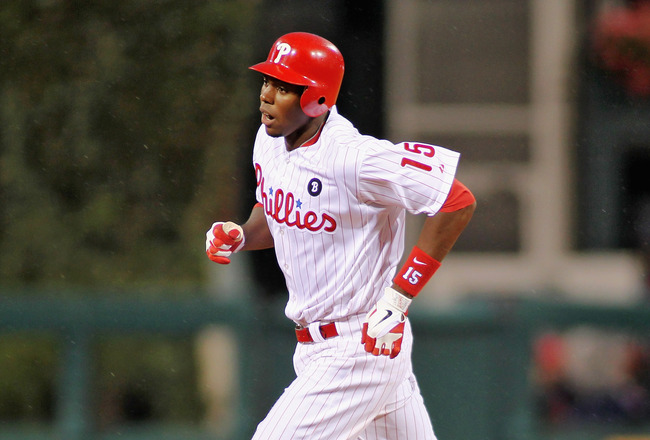 PHILADELPHIA , PA - AUGUST 18:  John Mayberry Jr. #15 of the Philadelphia Phillies runs the bases after hitting his third inning home run against the Arizona Diamondbacks at Citizens Bank Park on August 18, 2011 in Philadelphia, Pennsylvania.  (Photo by L