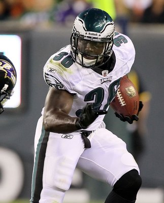PHILADELPHIA, PA - AUGUST 11:  Ronnie Brown #36 of the Philadelphia Eagles in action against the Baltimore Ravens during their pre season game on August 11, 2011 at Lincoln Financial Field in Philadelphia, Pennsylvania.  (Photo by Jim McIsaac/Getty Images