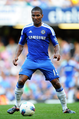 LONDON, ENGLAND - AUGUST 20:  Florent Malouda of Chelsea controls the ball during the Barclays Premier League match between Chelsea and West Bromwich Albion at Stamford Bridge on August 20, 2011 in London, England.  (Photo by Laurence Griffiths/Getty Imag