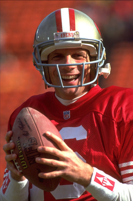 9 Jan 1993: SAN FRANCISCO 49ERS QUARTERBACK JOE MONTANA SHOWS HINT OF JOY DURING 49ERS 20-13 NFC DIVISIONAL PALYOFF VICTORY OVER THE WASHINGTON REDSKINS AT CANDLESTICK PARK IN SAN FRANCISCO, CALIFORNIA
