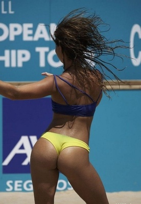Hot-beach-volleyball-0_display_image