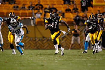PITTSBURGH - SEPTEMBER 02:  Jonathan Dwyer #41 of the Pittsburgh Steelers rushes for 36 yards against the Carolina Panthers in the 4th quarter during the preseason game on September 2, 2010 at Heinz Field in Pittsburgh, Pennsylvania.  (Photo by Jared Wick