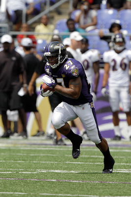 BALTIMORE, MD - AUGUST 06: Ray Rice #27 of the Baltimore Ravens catches a pass during training camp at M&amp;T Bank Stadium on August 6, 2011 in Baltimore, Maryland.  (Photo by Rob Carr/Getty Images)