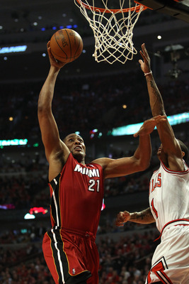 CHICAGO, IL - MAY 18:  Jamaal Magloire #21 of the Miami Heat dunks against the Chicago Bulls in Game Two of the Eastern Conference Finals during the 2011 NBA Playoffs on May 18, 2011 at the United Center in Chicago, Illinois. NOTE TO USER: User expressly