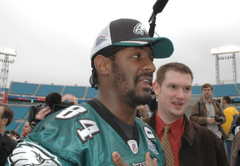 Freddie Mitchell of the Philadelphia Eagles speaks with the media during media day at Alltel Stadium in Jacksonville, Florida on February 1, 2005.  (Photo by Al Messerschmidt/Getty Images)