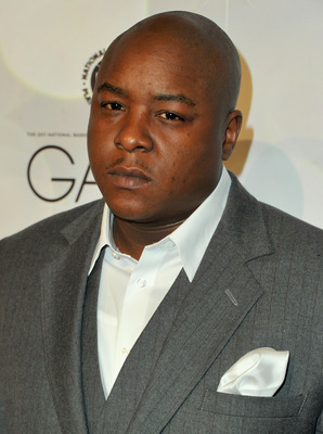 LOS ANGELES, CA - FEBRUARY 19:  Recording artist Jadakiss arrives to the National Basketball Players Association (NBPA) All-Star Gala on February 19, 2011 in Los Angeles, California.  (Photo by Alberto E. Rodriguez/Getty Images)