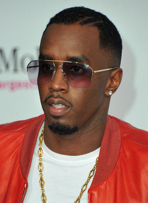 LOS ANGELES, CA - FEBRUARY 20:  Rapper Sean 'Diddy' Combs arrives to the T-Mobile Magenta Carpet at the 2011 NBA All-Star Game on February 20, 2011 in Los Angeles, California.  (Photo by Alberto E. Rodriguez/Getty Images)
