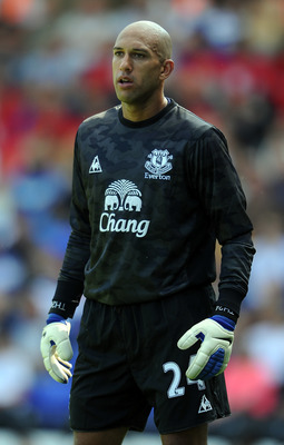 BIRMINGHAM, ENGLAND - JULY 30: Tim Howard of Everton looks on during the pre season friendly between Birmingham City and Everton at St Andrews on July 30, 2011 in Birmingham, England.  (Photo by Chris Brunskill/Getty Images)