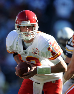 SAN DIEGO, CA - DECEMBER 12:  Brodie Croyle #12 of the Kansas City Chiefs turns in the pocket against the San Diego Chargers at Qualcomm Stadium on December 12, 2010 in San Diego, California.  (Photo by Harry How/Getty Images)