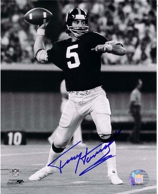 Courtesy of halloffamememorabilia.com