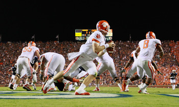 AUBURN, AL - SEPTEMBER 18:  Quarterback Kyle Parker #11 of the Clemson Tigers against the Auburn Tigers at Jordan-Hare Stadium on September 18, 2010 in Auburn, Alabama.  (Photo by Kevin C. Cox/Getty Images)
