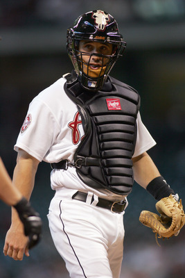 Ausmus remained a fixture behind the plate despite increasingly mediocre performance.