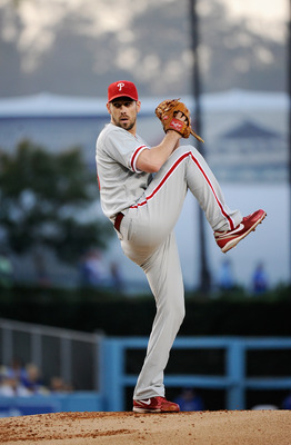 LOS ANGELES, CA - AUGUST 09:  Starting pitcher Cliff Lee #33 of the Philadelphia Phillies throws a pitch against the Los Angeles Dodgers during the baseball game at Dodger Stadium on August 9, 2011 in Los Angeles, California.  (Photo by Kevork Djansezian/