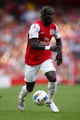 LONDON, ENGLAND - JULY 31:  Bacary Sagna of Arsenal runs with the ball during the Emirates Cup match between Arsenal and New York Red Bulls at the Emirates Stadium on July 31, 2011 in London, England.  (Photo by Richard Heathcote/Getty Images)