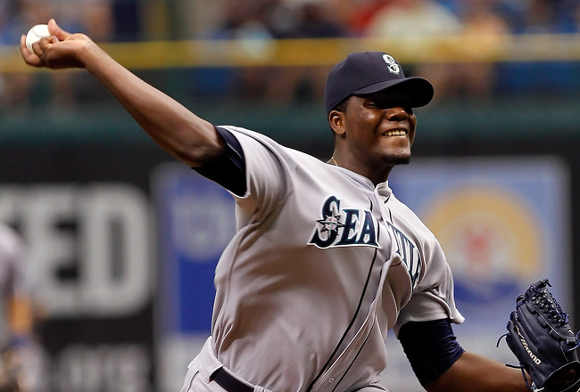 ST PETERSBURG, FL - AUGUST 21:  :  Pitcher Michael Pineda #36 of the Seattle Mariners pitches against the Tampa Bay Rays during the game at Tropicana Field on August 21, 2011 in St. Petersburg, Florida.  (Photo by J. Meric/Getty Images)