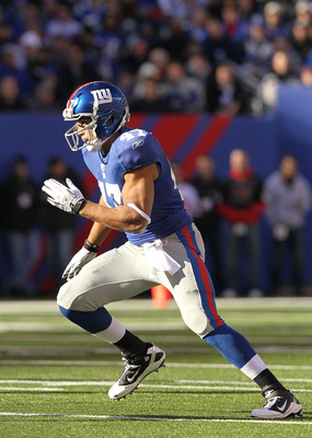 EAST RUTHERFORD, NJ - NOVEMBER 28:  Travis Beckum #47 of the New York Giants in action against the Jacksonville Jaguars during their game on November 28, 2010 at The New Meadowlands Stadium in East Rutherford, New Jersey.  (Photo by Al Bello/Getty Images)