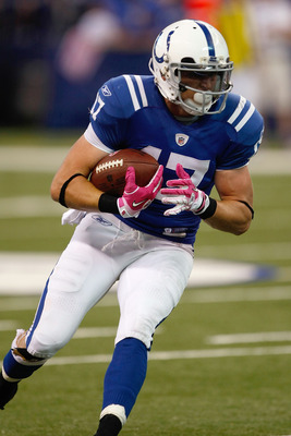INDIANAPOLIS, IN - OCTOBER 10: Austin Collie #17 of the Indianapolis Colts runs with the football against the Kansas City Chiefs at Lucas Oil Stadium on October 10, 2010 in Indianapolis, Indiana. The Colts defeated the Chiefs 19-9. (Photo by Scott Boehm/G