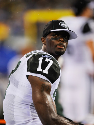 EAST RUTHERFORD, NJ - AUGUST 21: Plaxico Burress #17 of the New York Jets looks on against the Cincinnati Bengals during their preseason game on August 21, 2011 at the New Meadowlands Stadium in East Rutherford, New Jersey.  (Photo by Patrick McDermott/Ge