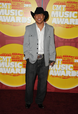 NASHVILLE, TN - JUNE 08:  Pittsburgh Steelers football player Hines Ward attends the 2011 CMT Music Awards at the Bridgestone Arena on June 8, 2011 in Nashville, Tennessee.  (Photo by Jason Merritt/Getty Images)
