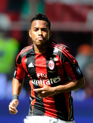 MILAN, ITALY - MAY 01:  Robinho of AC Milan in action during the Serie A match between AC Milan and Bologna FC at Stadio Giuseppe Meazza on May 1, 2011 in Milan, Italy.  (Photo by Claudio Villa/Getty Images)