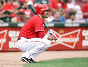 CINCINNATI, OH - AUGUST 14:  Joey Votto #19 of the Cincinnati Reds waits to bat during the game against the San Diego Padres at Great American Ball Park on August 14, 2011 in Cincinnati, Ohio.  (Photo by Andy Lyons/Getty Images)