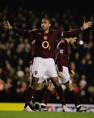 LONDON - JANUARY 14:  Thierry Henry of Arsenal celebrates scoring his third and the team's sixth goal of the game during the Barclays Premiership match between Arsenal and Middlesbrough at Highbury on January 14, 2006 in London, England.  (Photo by Richar