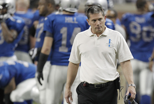 DETROIT - NOVEMBER 25:  Head Coach Jim Schwartz of the Detroit Lions walks the sideline while playing the New England Patriots on November 25, 2010 at Ford Field in Detroit, Michigan. New England won the game 45-24.  (Photo by Gregory Shamus/Getty Images)