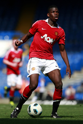 LONDON, ENGLAND - APRIL 10:  Paul Pogba of Manchester United in action during the FA Youth Cup sponsored by E.on semi final first leg match between Chelsea and Manchester United at Stamford Bridge on April 10, 2011 in London, England.  (Photo by Dan Istit