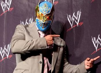 Sin-cara-wwe-110224_409x274_display_image